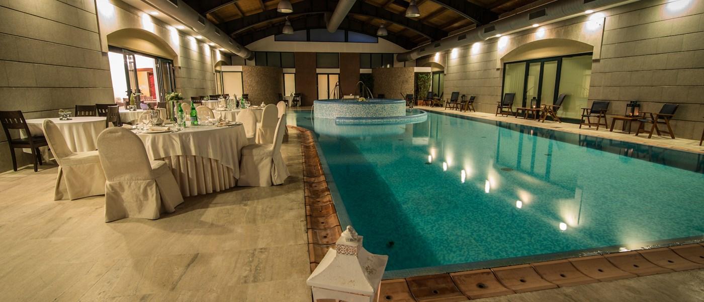 Piscina coperta grand hotel paestum paestum cilento - Hotel maranza con piscina coperta ...
